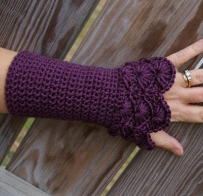 My hands always get cold while crafting so these are perfect for maximum mobility and warmth!